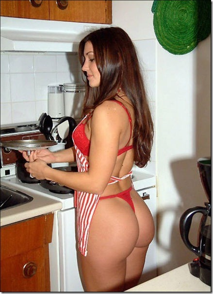 キッチンでセクシー (41)