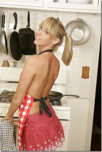 キッチンでセクシー (7)
