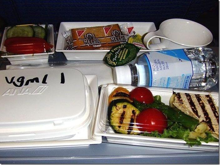 世界の機内食比較 (13)