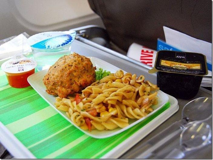 世界の機内食比較 (14)