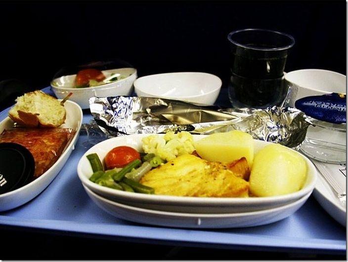 世界の機内食比較 (3)