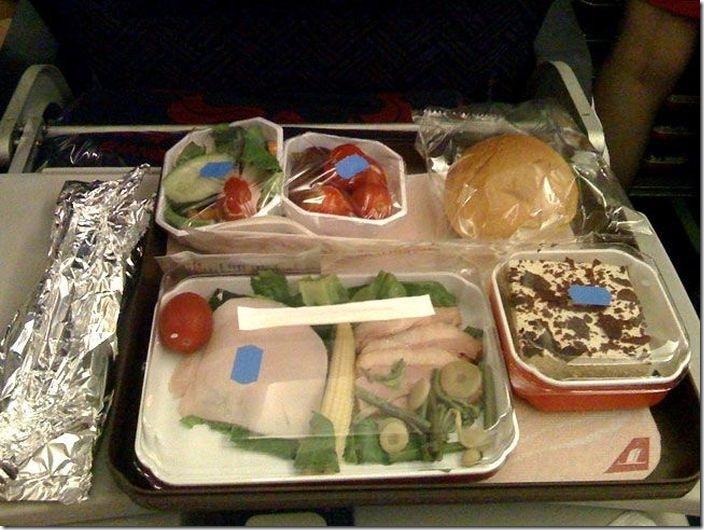 世界の機内食比較 (4)