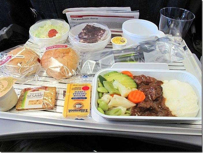 世界の機内食比較 (6)