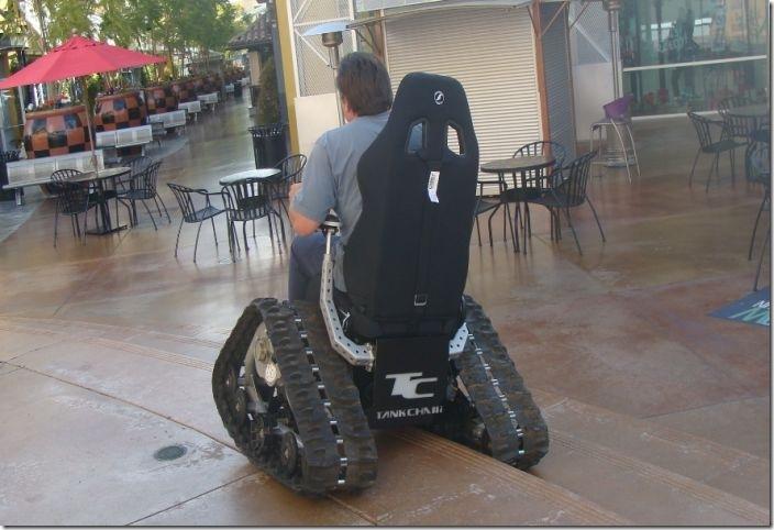 戦車型車椅子 (11)