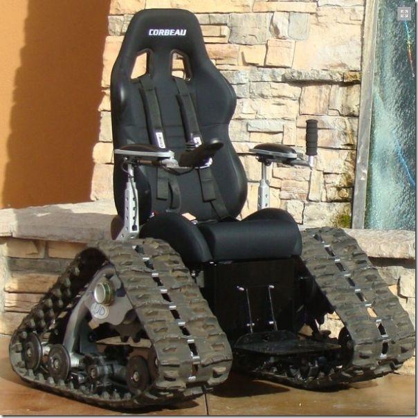 戦車型車椅子 (6)